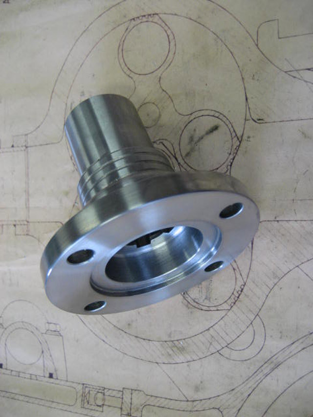 Gearbox Output Flange - Touring Cars